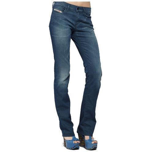 Reduceri jeansi evazati femei
