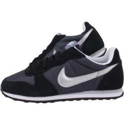 Pantofi sport femei Nike Genicco 644451-011