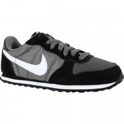 Pantofi sport femei Nike Genicco 644451-018
